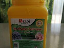 Solfato ferroso rinverdente